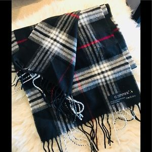 Other - 🧣 made in Germany classic scarf plaid 64 x 11 NWT